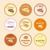 Farbsatz von Retro- Bäckereilogos der Weinlese, Aufkleber, Ausweise Stockfotos