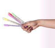 Farbstifte in der Hand eingestellt Lizenzfreies Stockbild