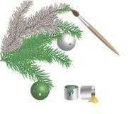 Farbtonfarben und Bürstenfichtenzweige mit Weihnachtsspielwaren Lizenzfreies Stockfoto