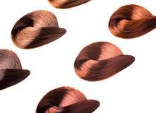 Farbujący kędziorki włosy zdjęcia stock