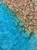 Farbujący turkusowy i brown jedwabniczy szalik zdjęcie royalty free