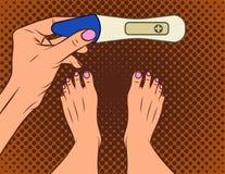 Farbvektorillustration der komischen Art der Pop-Art Ein Mädchen macht ein Mädchen des Schwangerschaftstests A mit einem positive vektor abbildung