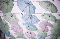 Farbvoller Regenschirm Lizenzfreies Stockbild