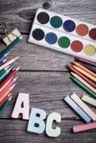Farby i ołówki Zdjęcia Royalty Free