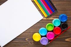 Farby, kredki, papier, maluje ustawiają Obrazy Royalty Free