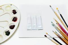 Farby muśnięcie lub muśnięcie sztuka Model tubki dla farb Tubki dla nafcianych farb wyśmiewają up Zdjęcie Royalty Free