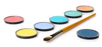 Fards à paupières dans différentes couleurs Photo stock