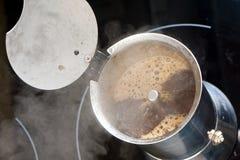 Fare caffè Fotografia Stock