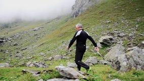 Fare camminata del nordico