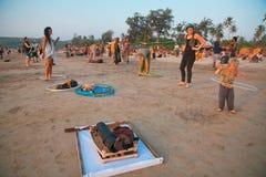 Fare il hula-hoop Fotografie Stock Libere da Diritti