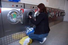 Fare la lavanderia Fotografia Stock Libera da Diritti
