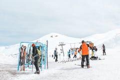 Farellones,智利- 2011年8月-在安德上面的滑雪驻地  图库摄影