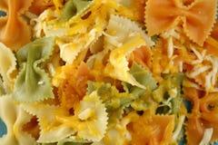 Farfalle mit Käse Lizenzfreies Stockfoto