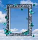Farfalle nel telaio su cielo blu. Fotografia Stock Libera da Diritti