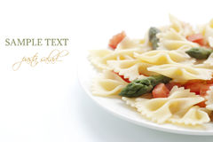 Farfalle, tomato and asparagus salad Stock Photography