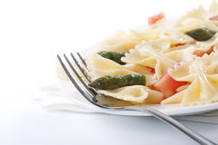 Farfalle, tomato and asparagus salad Royalty Free Stock Photo
