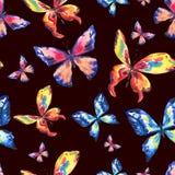 Farfalle variopinte dell'acquerello Reticolo senza giunte illustrazione vettoriale