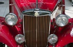 Fari classici neri dell'automobile Fotografie Stock Libere da Diritti