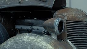 Fari di retro automobile nera stock footage