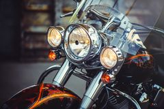 Fari di un motociclo classico, bella elaborazione artistica per il calendario dell'aletta di filatoio ed annunciare fotografie stock