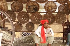 FARIDABAD HARYANA, INDIA, LUTY,/- 16 2018: Handmade kosz S fotografia stock