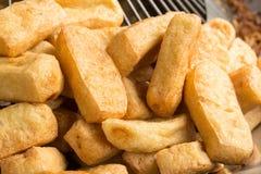 Farina di fave fritta, alimento vegetariano Fotografie Stock