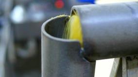 Farina di mais, fabbrica per la produzione dei fiocchi di mais video d archivio