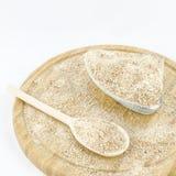 Farina integrale sul bordo di legno Alimento vegetariano sano Immagini Stock Libere da Diritti