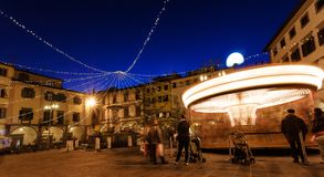 Farinata degli Uberti-Quadrat mit Karussell in Empoli, Italien Stockfotografie