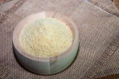 Farine de soja dans une cuvette Images libres de droits