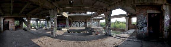 Farine morte du `s de construction avec le graffiti Photographie stock libre de droits