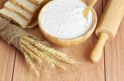 Farinha do trigo, do pão e de trigo Fotografia de Stock Royalty Free