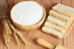 Farinha do trigo, do pão e de trigo Foto de Stock