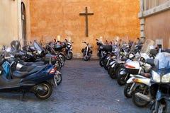 farlig motorcykeltransport Royaltyfri Fotografi