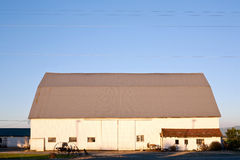 Farm barn in the countryside. With the evening light Royalty Free Stock Photography
