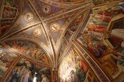 Farmaceutica二圣玛丽亚中篇小说药房在佛罗伦萨,意大利 免版税库存图片