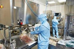 Farmaceutisk fabriksarbetare Royaltyfri Fotografi