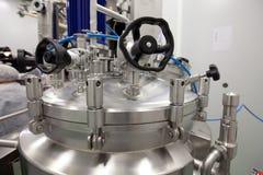 Farmaceutisk laboratoriumutrustning Arkivbild