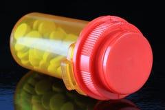 Farmaceutiska receptpreventivpillerar royaltyfria bilder