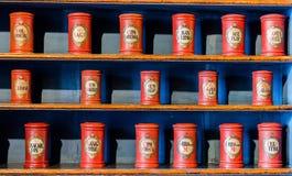 Farmacia antigua imagenes de archivo