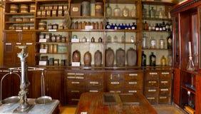 Farmacia vieja Fotografía de archivo libre de regalías