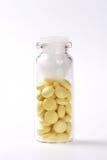 Farmaco, ridurre in pani giallo Immagini Stock Libere da Diritti