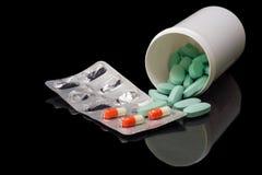 Farmaco su un fondo nero Fotografia Stock