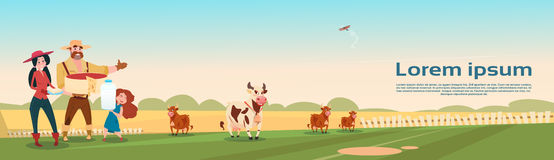 Free Farmers Family Cows Fresh Milk Dairy Products Eco Farming Banner Royalty Free Stock Photography - 81034147