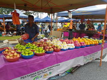 Farmers Market  at Paroi  Jaya, Seremban, Negeri Sembilan at Malaysia. A farmers' market (also farmers market) is a physical retail market featuring foods sold Stock Photo