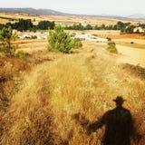 Farmfields i Micieces de Ojeda, Spanien royaltyfria bilder
