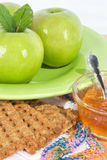 Farmor Smith Apples med Graham Crackers och gelé Royaltyfri Foto