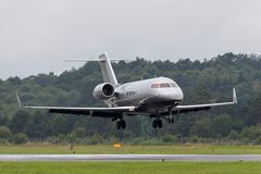 Bombardier CL-600-2B16 Challenger 605 business jet G-REYS. Farnborough, UK - July 19, 2014: Bombardier CL-600-2B16 Challenger 605 business jet G-REYS stock photos