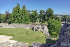 Farnham规则式园林在萨里防御 库存图片