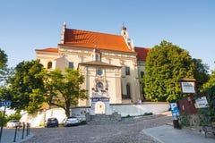 Farny kościół w starym miasteczku Kazimierz Dolny Ten miasteczko jest sztuki centrum w Polska MAJ 23, Obraz Stock